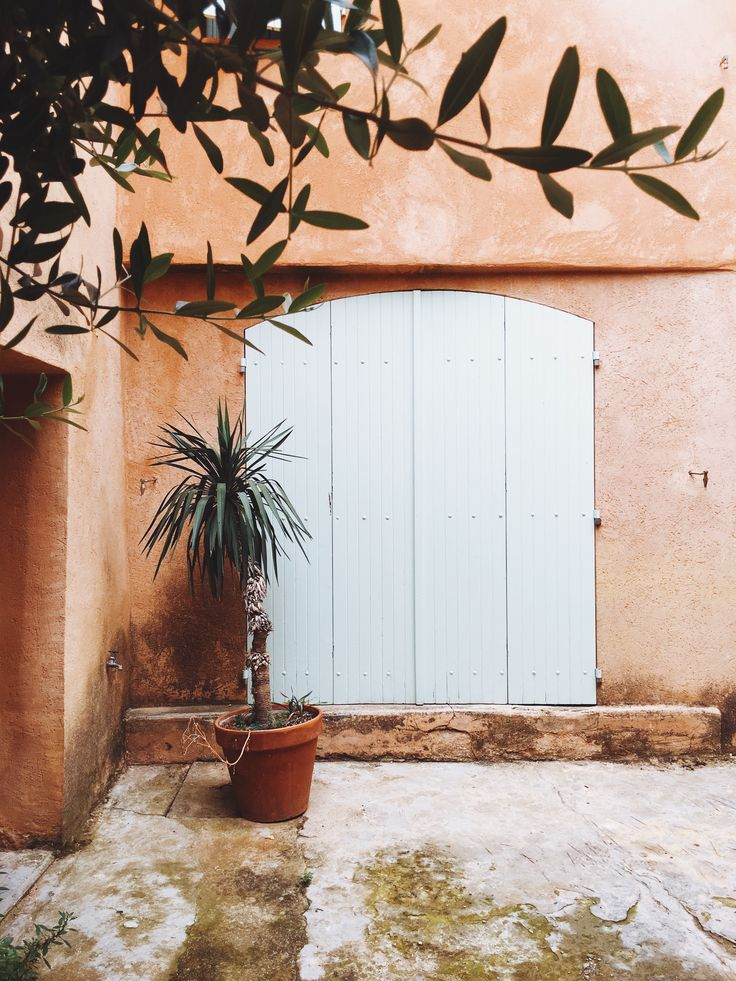 the red distinctive red clay of roussillon in france | 24 hours in provence travel guide by coco kelley