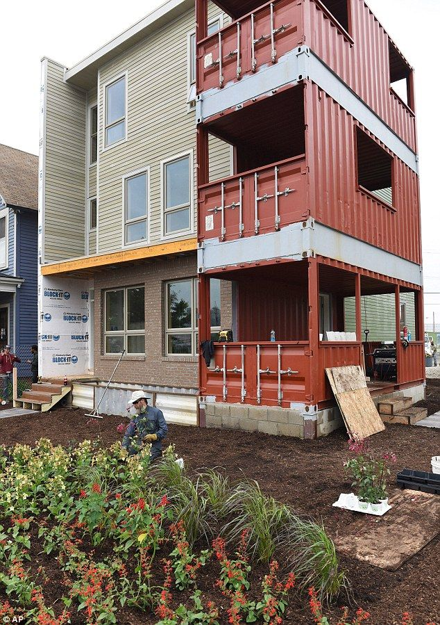 127 best container house construction images on pinterest for Construction container