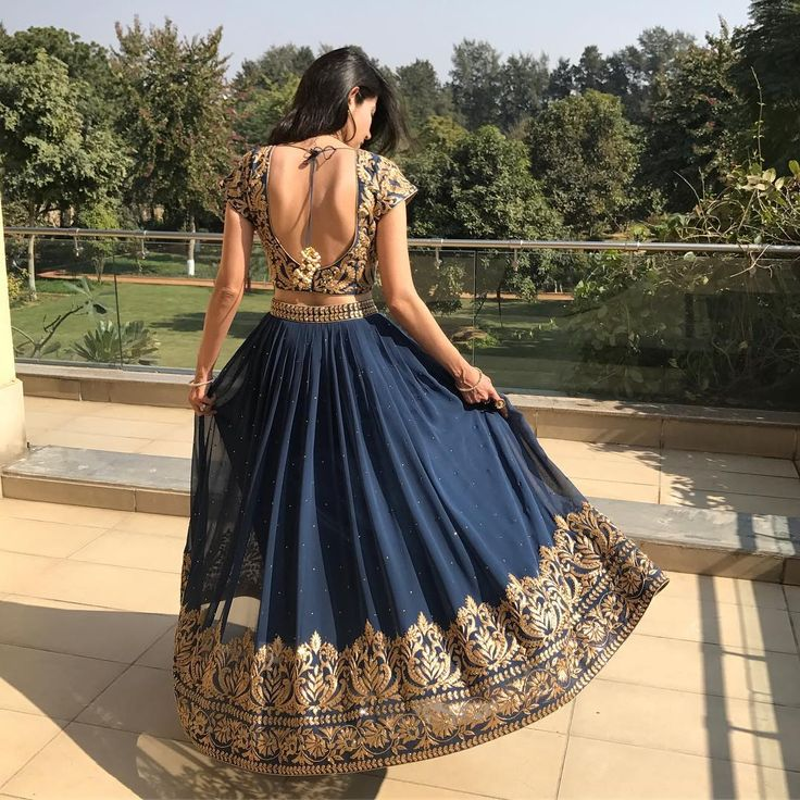 "146 Likes, 21 Comments - Swetta Nanda (@swettananda) on Instagram: ""@swettananda  The beautiful swirl Gorgeous blue lehnga"""