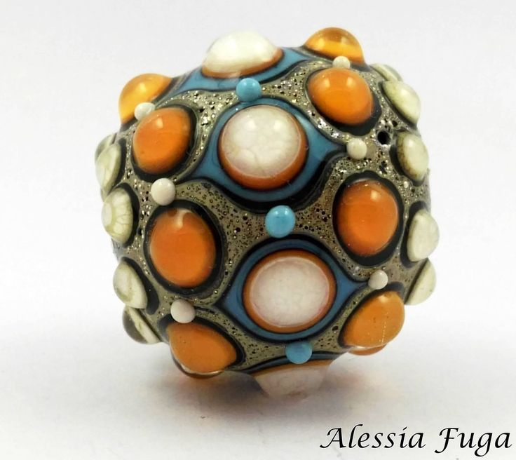 "Hand made focal lampwork glass bead in coral, ivory and light turquoise, ""Fenice"" series. di alessiafuga su Etsy"