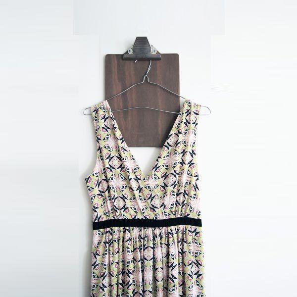 *NEW FRIP'* Hay novedades en nuestra tienda de segunda mano online, como este vestido largo de Bearwood de Normcore :   ¡compra y vende ropa de segunda mano!