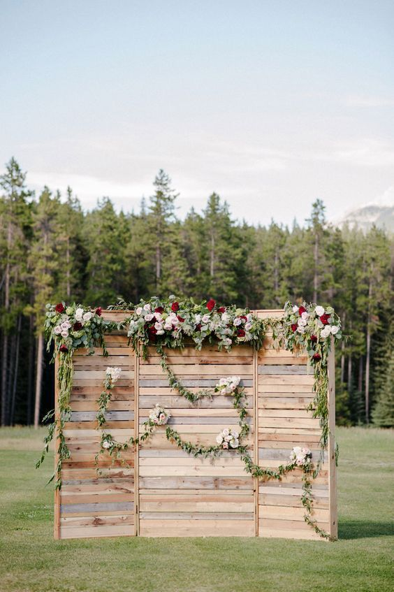 rustic country wedding backdrop
