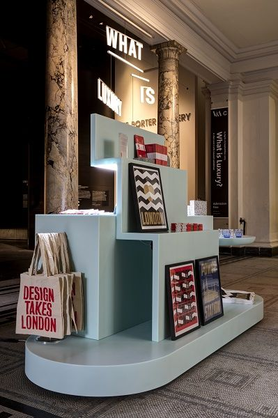 17 best ideas about retail fixtures on pinterest for Pop up window design