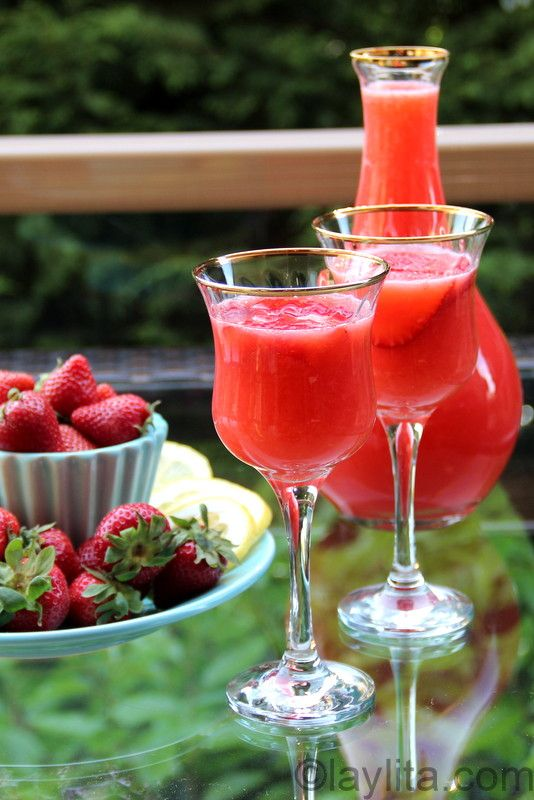 This strawberry lemonade can also easily be turned into a refreshing summer cocktail, just add your choice of alcohol. I've turned this drink into a cocktail using vodka, tequila, rum and even cachaça – for a quick strawberry caipirihna. You can also mix the strained mixed with white wine or sparkling wine, instead of the additional 4 cups of water, for delicious strawberry sangria.