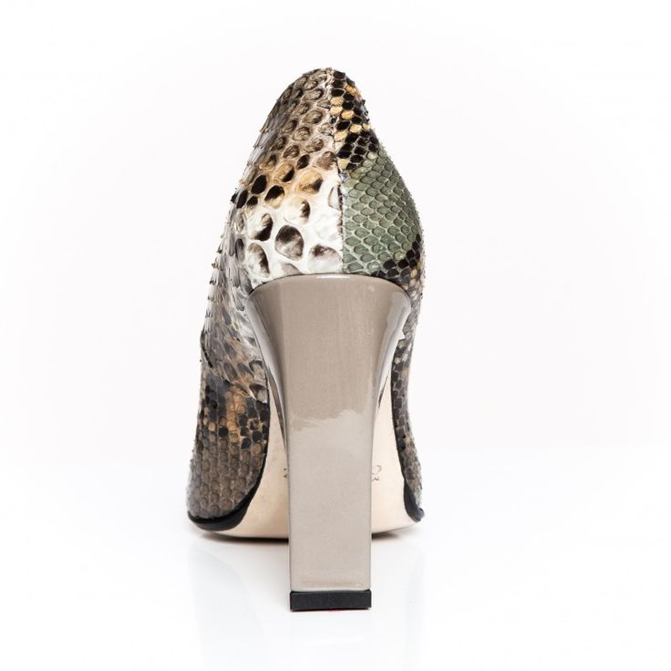 Zurbano | Bright Python - Python skin leather pumps with leather outsole.