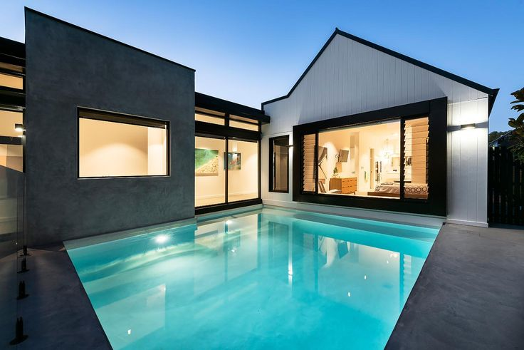 Modern weatherboard The Shenton Park home by MAEK Residences