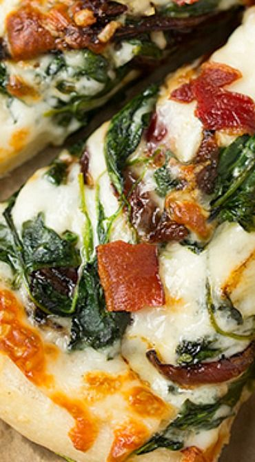 Caramelized Onion, Bacon and Spinach Pizza