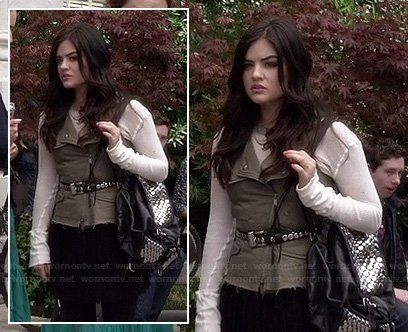 Aria's black studded backpack on PLL