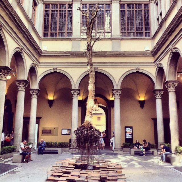 """#Contemporaryart """"Di fragilità e potenza"""". Cortile Palazzo Strozzi #Firenze. Follow us on instagram http://instagram.com/firenzecard"""