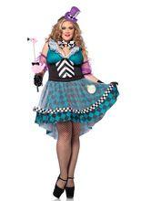 Verrückte Hutmacherin Damenkostüm Märchen Übergrösse türkis-lila, aus unserer Kategorie Märchenkostüme. Die Teepartys dieser verrückten Hutmacherin sind der Hit schlechthin im Märchenland. Es ist immer wieder spannend, welch ausgefallene Kuchen die Gastgeberin ihren Gästen serviert. Ein schickes Kostüm in Übergröße für Karneval und Mottopartys.