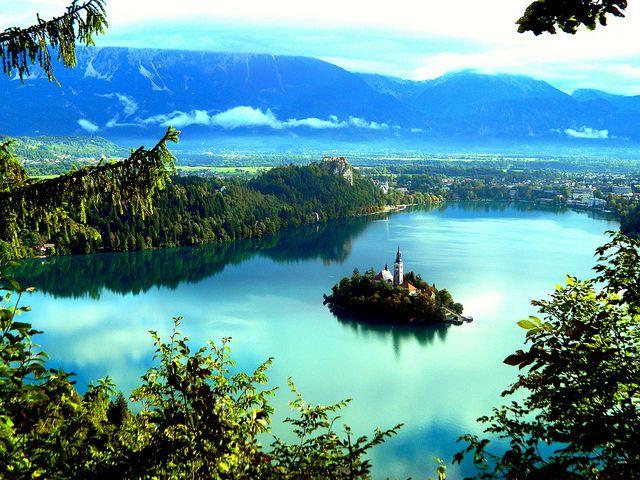 世界遺産 ブレッド湖 スロベニアの絶景写真画像  スロベニア