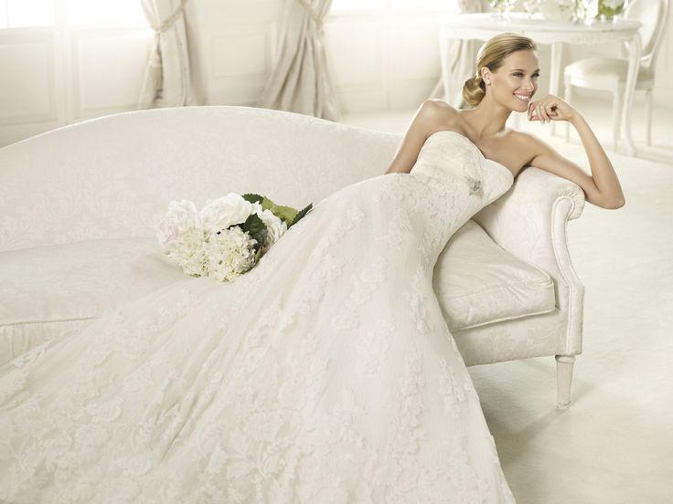 Berta - Pronovias - Esküvői ruhák - Ananász Szalon - esküvői, menyasszonyi és alkalmi ruhaszalon Budapesten
