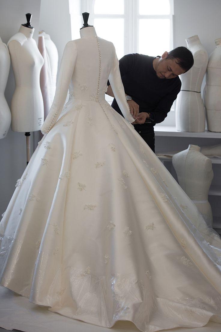 Best 25  Dior Wedding Dresses Ideas On Pinterest