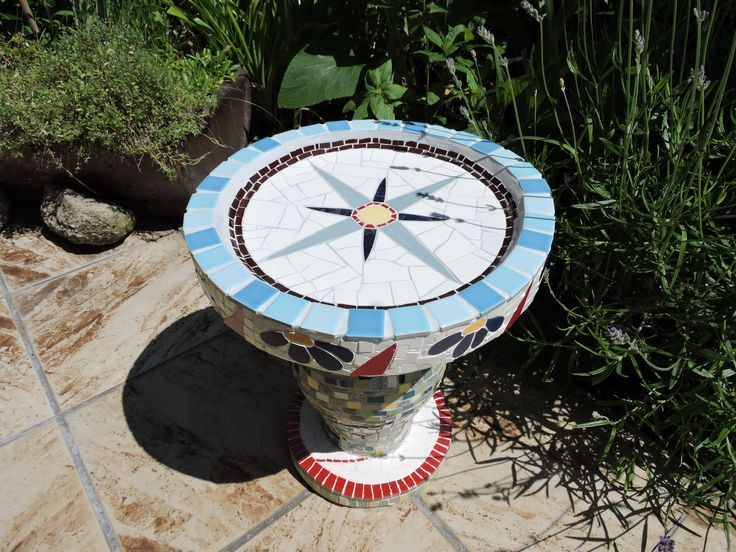 Vogeltränke  Birdbath  Mosaik