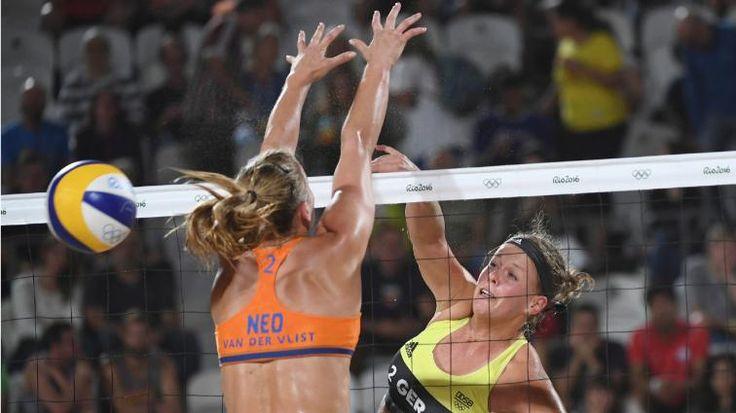 Tennis-Achtelfinale | Kerber weiter, Serena raus - 6:0, 7:5 gegen Stosur! Kerber rauscht ins Viertelfinale - Sport - Bild.de