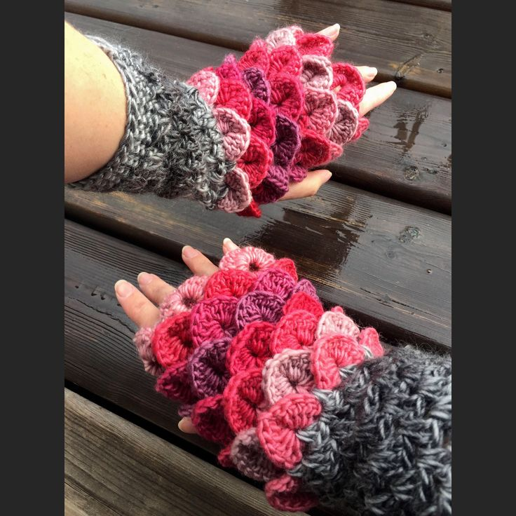 Excited to share the latest addition to my #etsy shop: Erebor Dragon Scale Gloves/Dragon Scale Gloves/Fingerless Gloves/Crocodile Stitch/Mitts/For Her/Christmas Gift for Her/Crochet #accessories #gloves #womensfashion #womensgloves #crocodilestitch #mermaidgloves #crochetgloves #fallfashion #dragonscalegloves