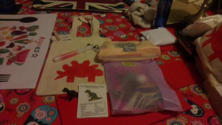 Party Bags - Reusable canvas bag with stencil stegasaurus included a craft kit, Recipe and Ingredients to make your own playdough, glow whistle and miniature dinosaur with ID card.
