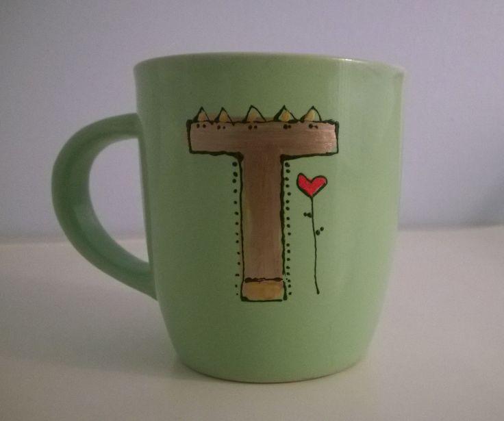 Alphabet mug T