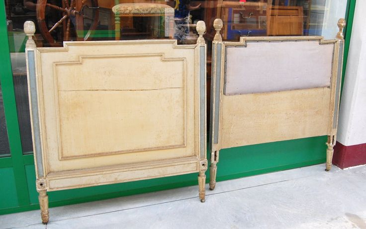 Testiera e pediera di letto Luigi XVI laccato d'epoca fine '700