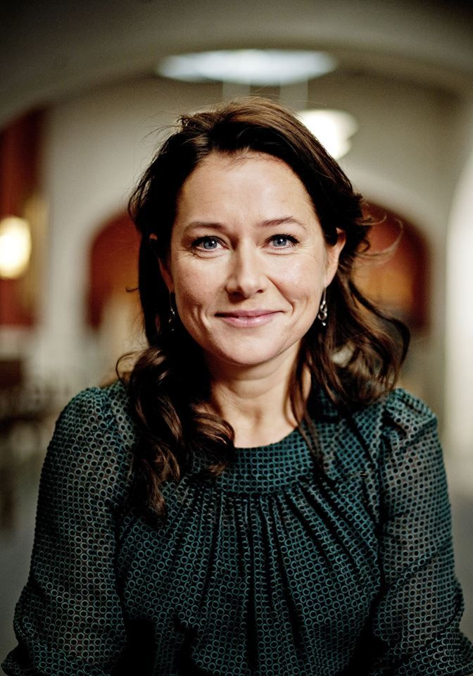 Sidse Babett Knudsen - Borgen, Danish actress, beautiful, portrait, photo.