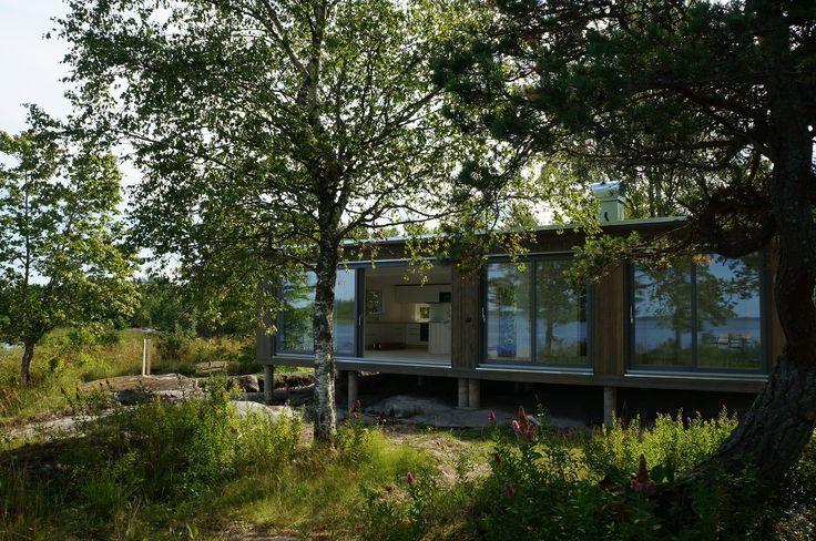 Modulhus #sommarhus #fritidshus #naturmaterial #skandinaviskdesign #skandinaviskarkitektur #Modulhus