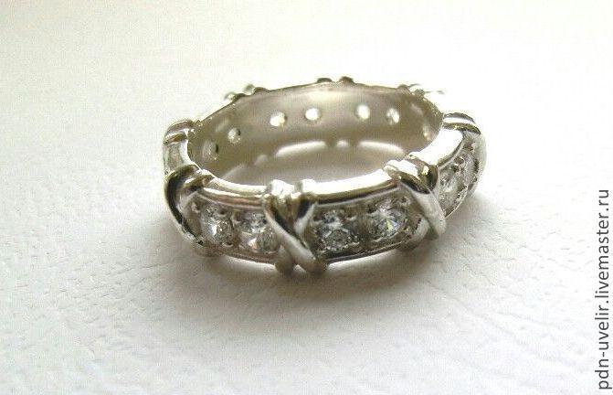 Купить Кольцо из серебра с фианитами (арт. 1136) - серебряный, серебро, серебро 925 пробы, фианиты