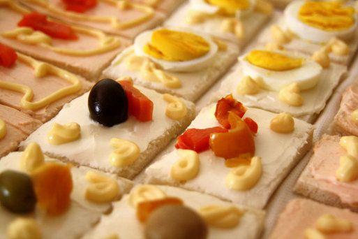 Aperitivos y entrantes fáciles con pan de molde