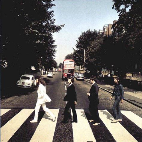 L'8 agosto 1969 Iain Macmillan scattava una delle immagini simbolo di Londra e della storia del rock.   Ma sapete quante prove ci sono volute prima di ottenere quella giusta? :)