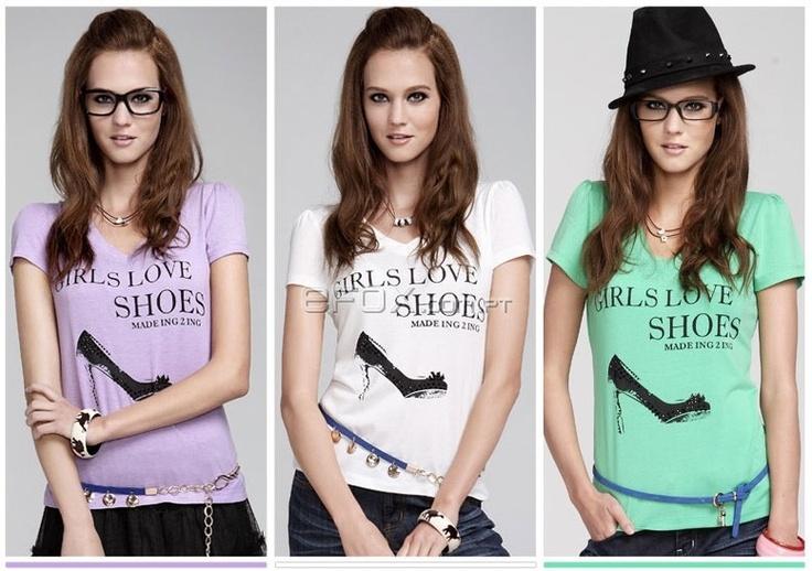 T-Shirt Fashion Moda 2012 Girls Love Shoes - Várias Cores  Na Efox: http://www.efox.com.pt/fashion-t-shirt-p-290933