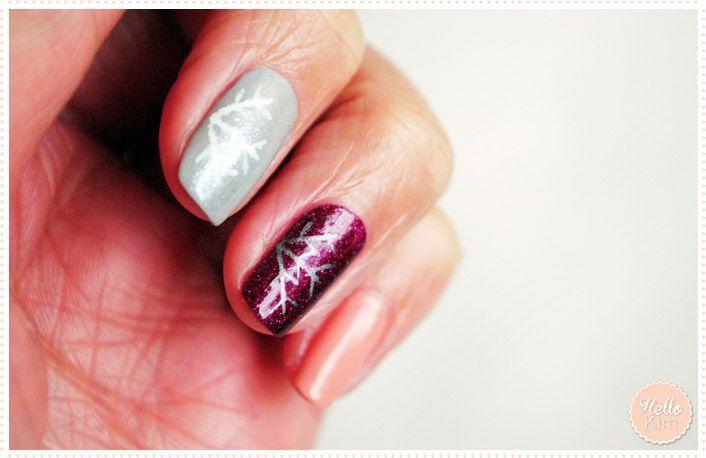 Flocon de neige au nail art pen / Snowflakes done with nail art pen