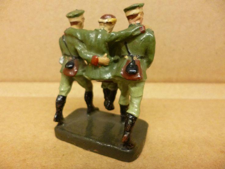 Sanitäter II .WK von Elastolin Verwundeten tragend 7,5 cm Serie | eBay
