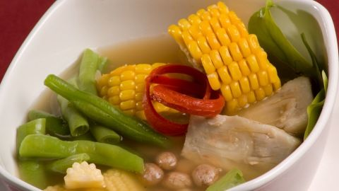 Resep Sayur Asem Kuah Bening - Sayuran berkuah dengan sedikit rasa asam memberikan sensasi segar saat menikmatinya, dan pasti sehat.  http://resepmasakanindonesia.info/resep-sayur-asem-kuah-bening/