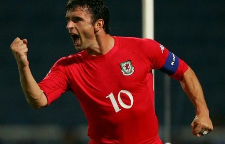 Gary Speed's parents relive 'horrendous' ordeal of Wales manager's death - Wales Online