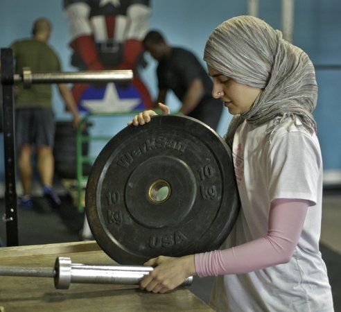 Kulsoom Abdullah. Read the interview with the weightlifter and crossfire at Mosaic #muslimwomen #crossfit