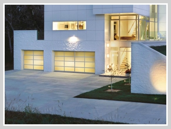 Modern Garage Doors  {re}cycled consign and design: Pondering over my future garage doors....