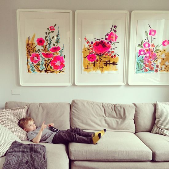 What To Hang Above Your Couch I To give the room a pop of color if you can't paint the walls in a rental home or apartment.: