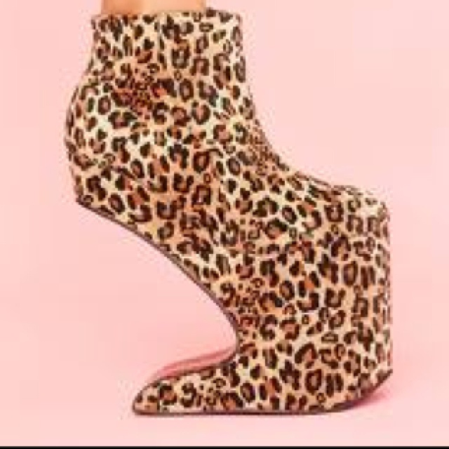 Magic Leopard Platform in Shoes at Nasty Gal Wtf !