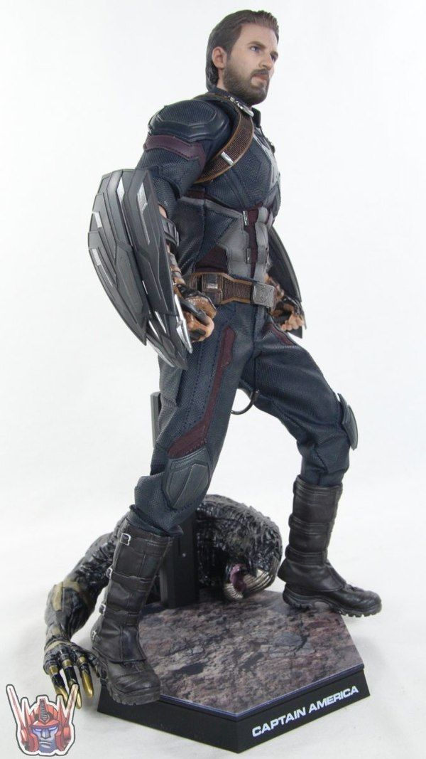Hot Toys Avengers Infinity War 1 6 Scale Captain America Figure