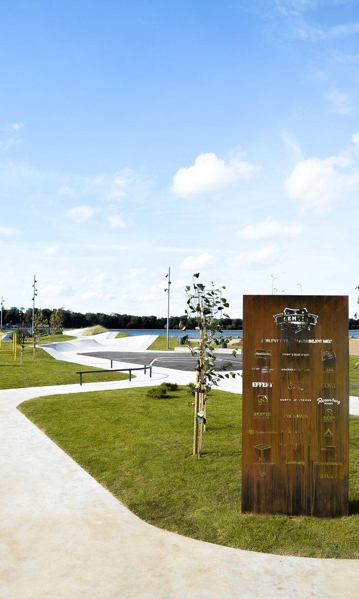 492 best acero corten images on pinterest for Bc landscape architects