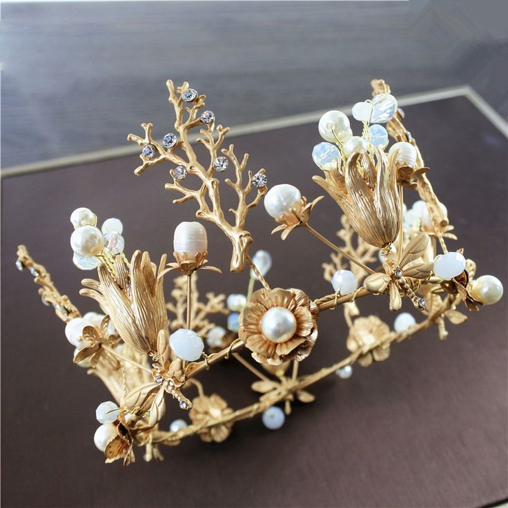 handcraft Weeding Crown with pearl