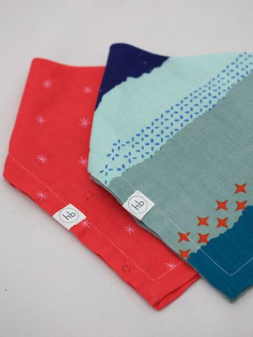 Ollie Bandana Bibs – Hemming Birds Boutique