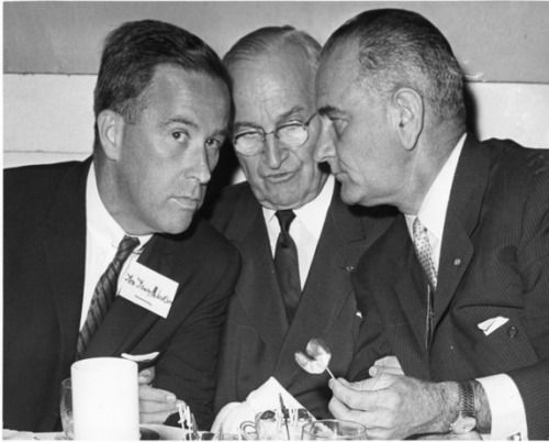 Cronkite stated that JFK would have to do the interview if he was able to schedule Vice-President Nixon to appear on the program. Description from waverlyhs.weebly.com. I searched for this on bing.com/images
