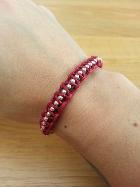 Bruin + rood leren armband met zilveren ketting van Made-by-Kelly op http://nl.dawanda.com/shop/bracelets-armbanden