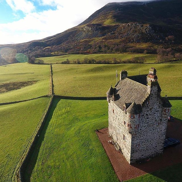 Foster Castle from @visitscotland - Who fancies being the King or Queen of @fortercastle1560? Just imagine waving to your subjects from one of those turrets!