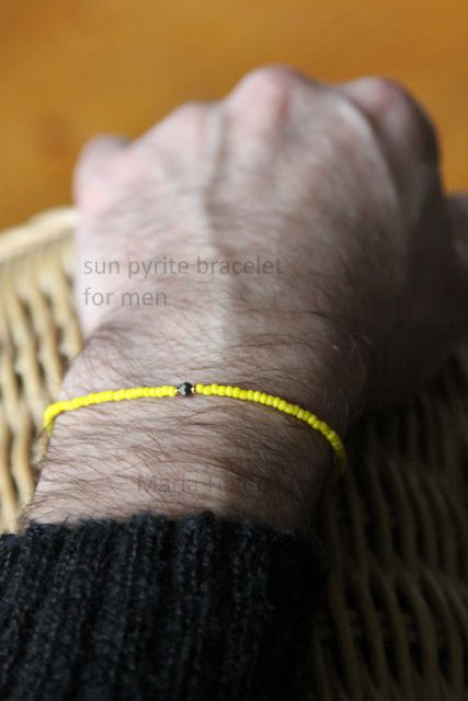 Men's small bead bracelet with pyrite //Maria-Helena Design