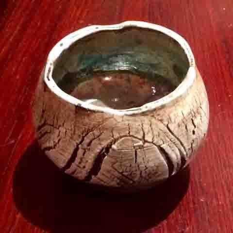 Yvonne Kitchener Studio Potter Raku crackle glaze fruit bowl (cracked earth decoration) $55