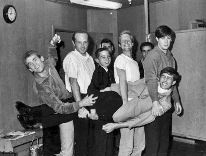 Jan (Berry) and Dean (Torrence) with The Beach Boys