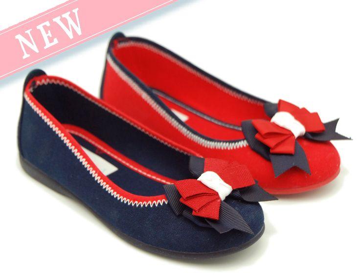 Tienda online de calzado infantil Okaaspain. Calidad al mejor precio fabricado en España. Bailarina en serratex con lazo charol.