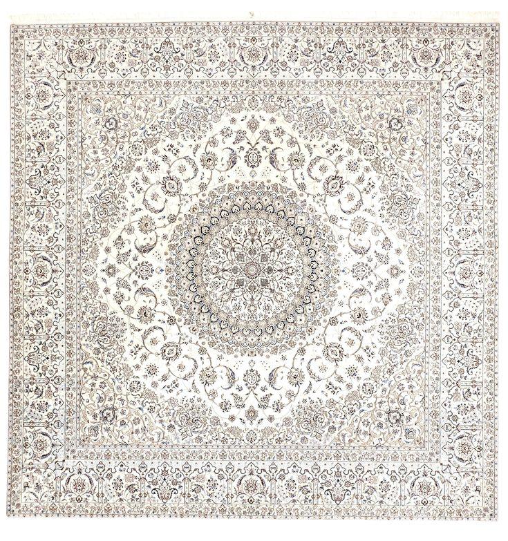 "Handmade Persian Wool & Silk Rug - 8'10"" x 8'10"""