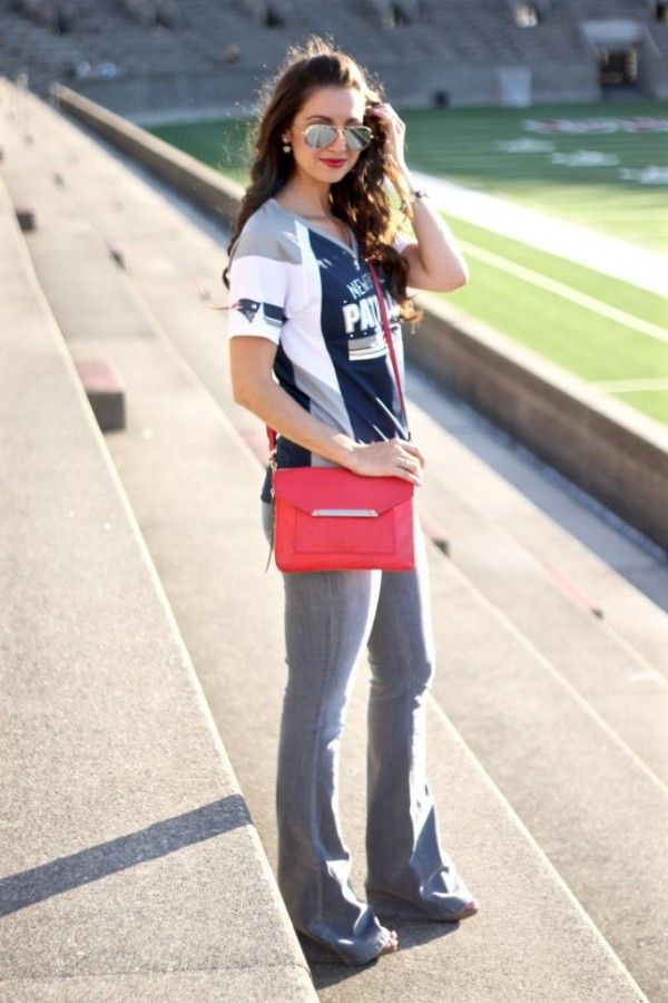 Who says you can't dress up for game day? Check out these outfits and get some inspiration for your next game day look!